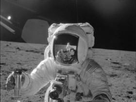 唯一登上月球并返回地球的哈苏相机将被拍卖