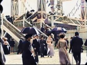 摄影师将三部19世纪黑白城市影片变成彩色影片!