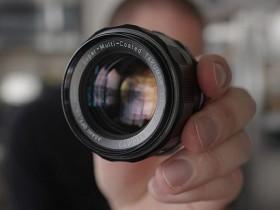 使用含有辐射镜片的镜头会损坏您所拍摄出的照片吗?
