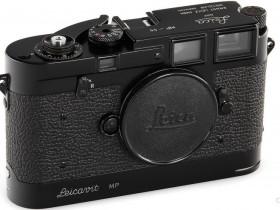 这部罕见的徕卡MP-55黑漆版相机拍卖估价高达260万元!