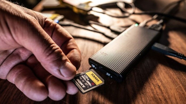 索尼发布MRW-S3多功能扩展埠和Tough系列储存卡