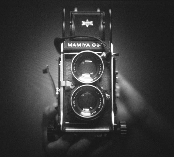 I'm Back公司为老款中画幅胶片相机推出一款实惠的数码后背