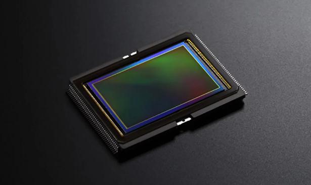 """索尼展示两款新型传感器:""""世界首创""""全PDAF传感器和三层有机传感器"""