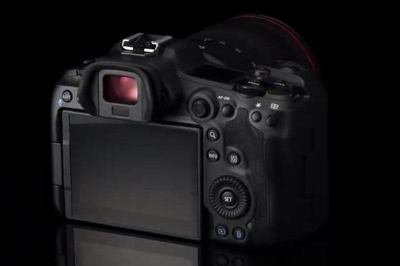 佳能正式宣布推出EOS R5全幅无反相机并发布了视频短片