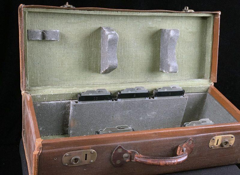 一款1909年制造的Reflex单反相机拍卖估价高达两万元