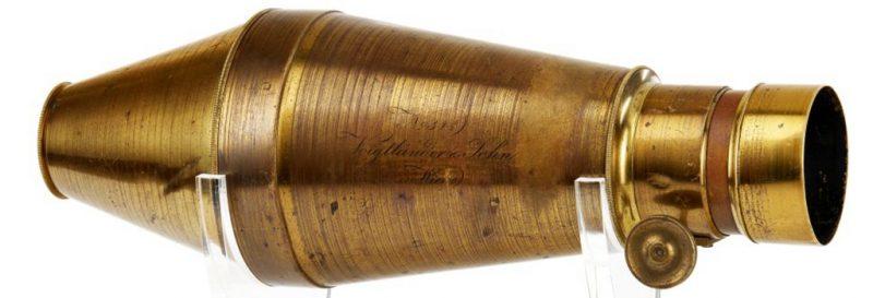 这款具有历史创新性的福伦达Daguerreotype相机拍卖估价高达158万至238万元