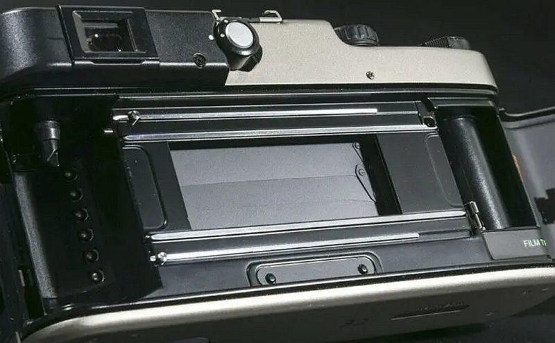 这款精妙入神的富士TX-1相机拍卖估价高达4.5万元!