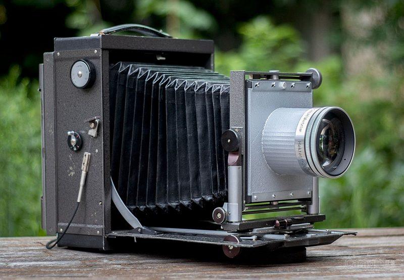 如何使用大画幅相机拍摄湿版肖像?